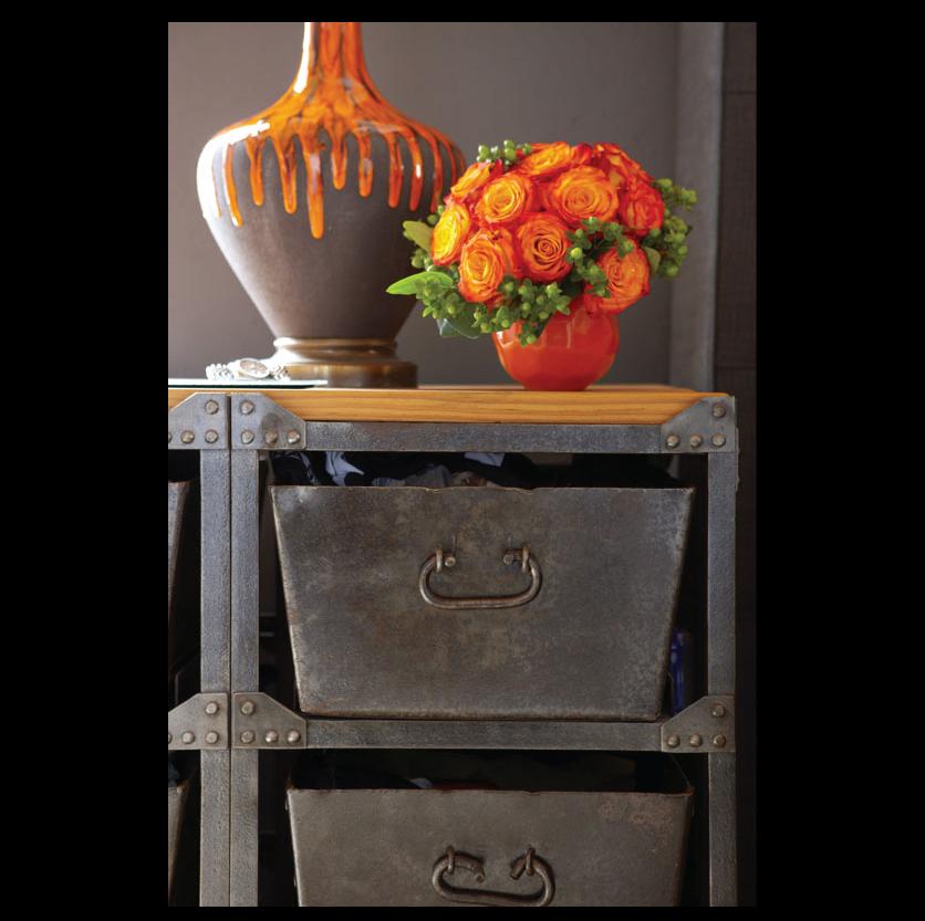 Shandells-Vintage-Lamp-RTfacts-dresser