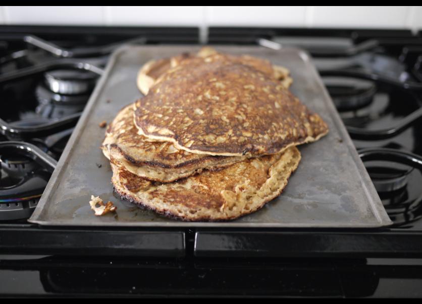 easy-homemade-whole-wheat-pancake-recipe