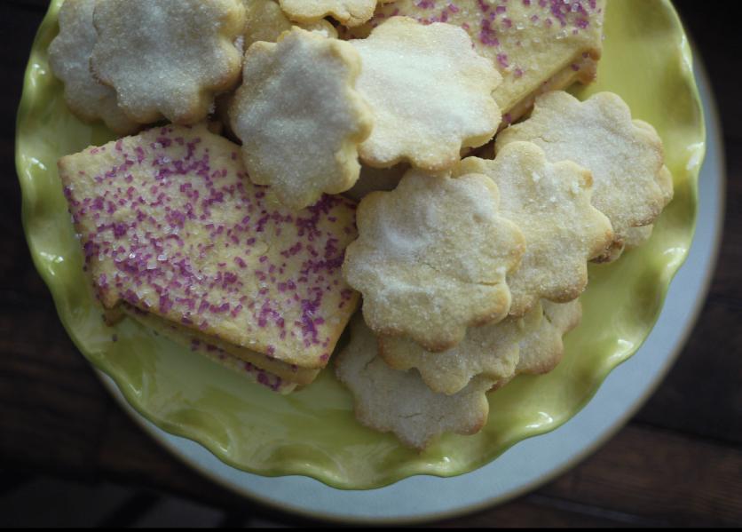 Sugar-Cookies-with-Sprinkles