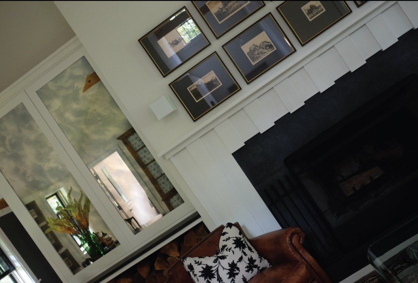 Fireplace-Room-Decorating-with-Mirror
